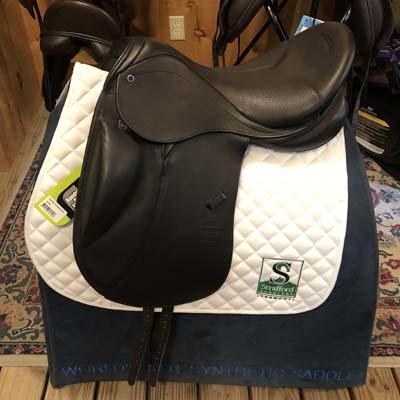 """Stubben Genesis C.L. Dressage Saddle Biomex-18""""-28cm-Black"""
