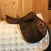 "Courbette Derby Saddle - Medium 16"" Brown"