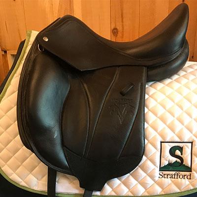 """Voltaire Adelaide Dressage Saddle-17""""-Medium-Black"""