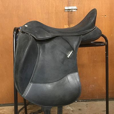 """Wintec Isabel Dressage Saddle - ADJ 18"""" Black"""