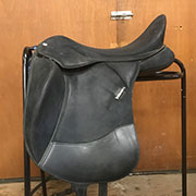 "Wintec Isabel Dressage Saddle - ADJ 18"" Black"